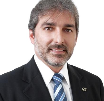 Dr. Carlos Lacerda