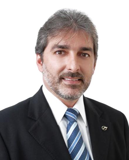 Dr. Carlos Lacerda Cirurgião Plástico