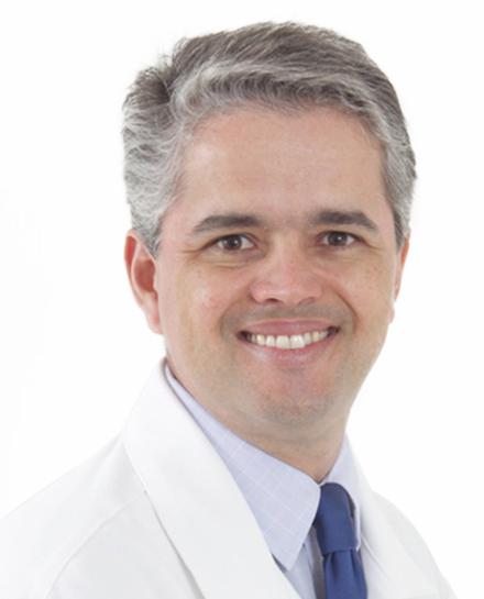 Dr. Luiz Felipe Vieira - Cirurgião Plástico